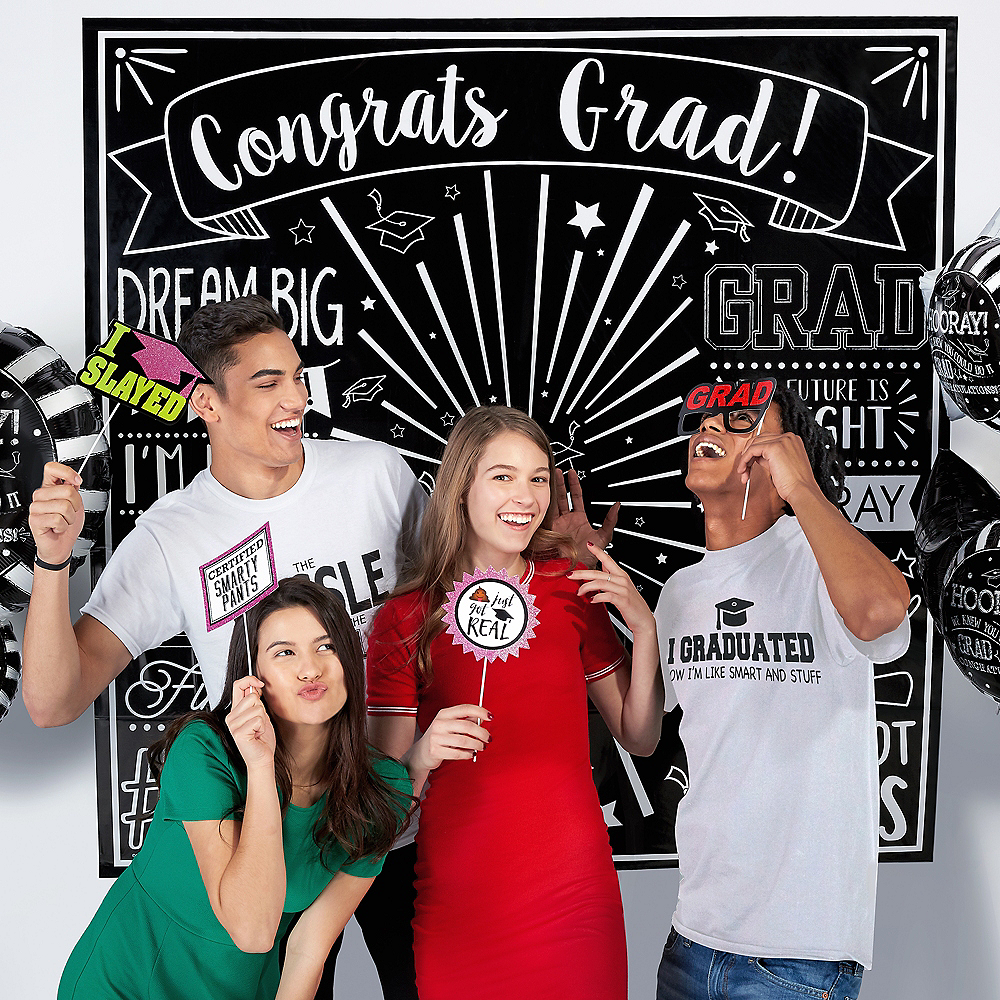 Black & White Graduation Scene Setter 2pc Image #2