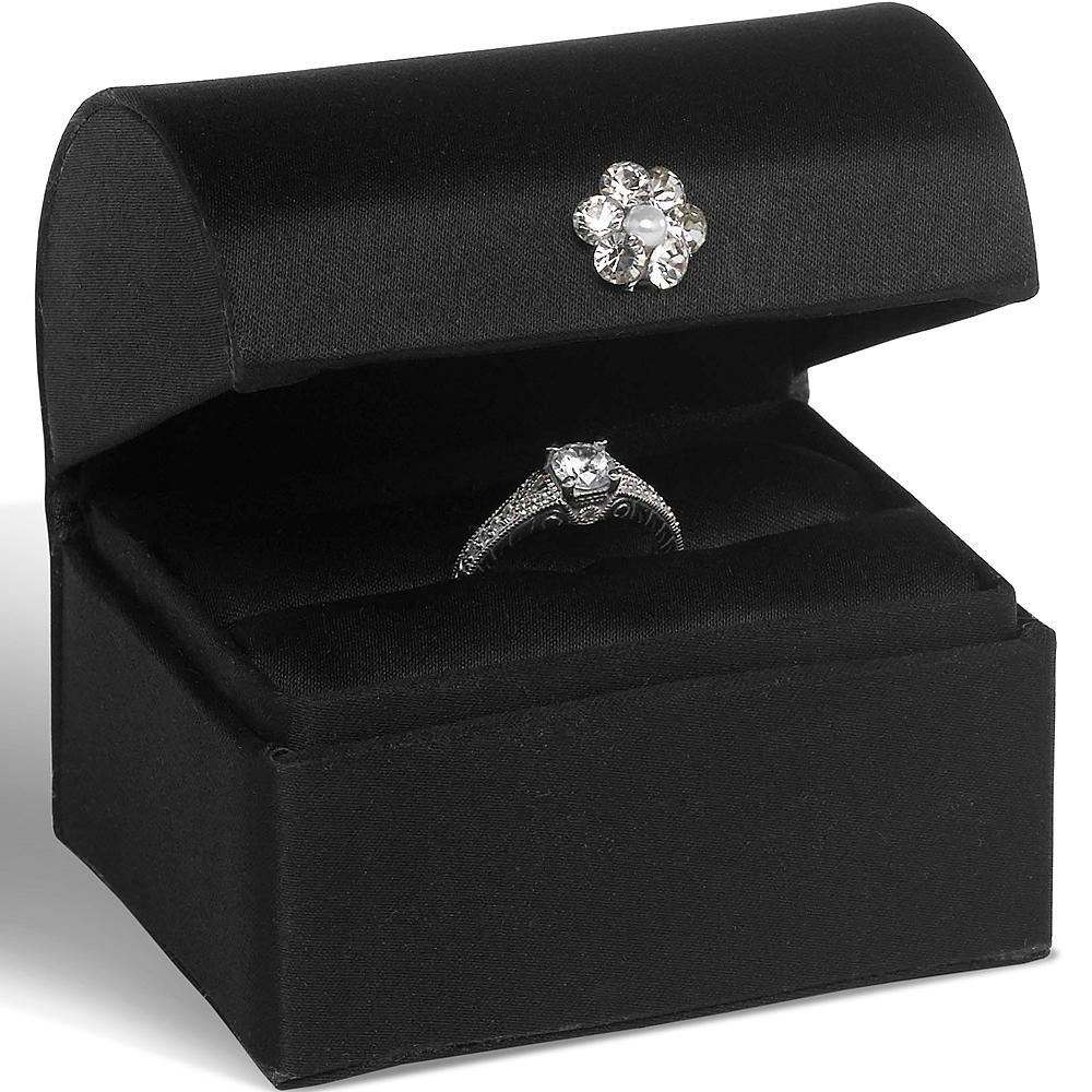 Black Ring Box Image #1