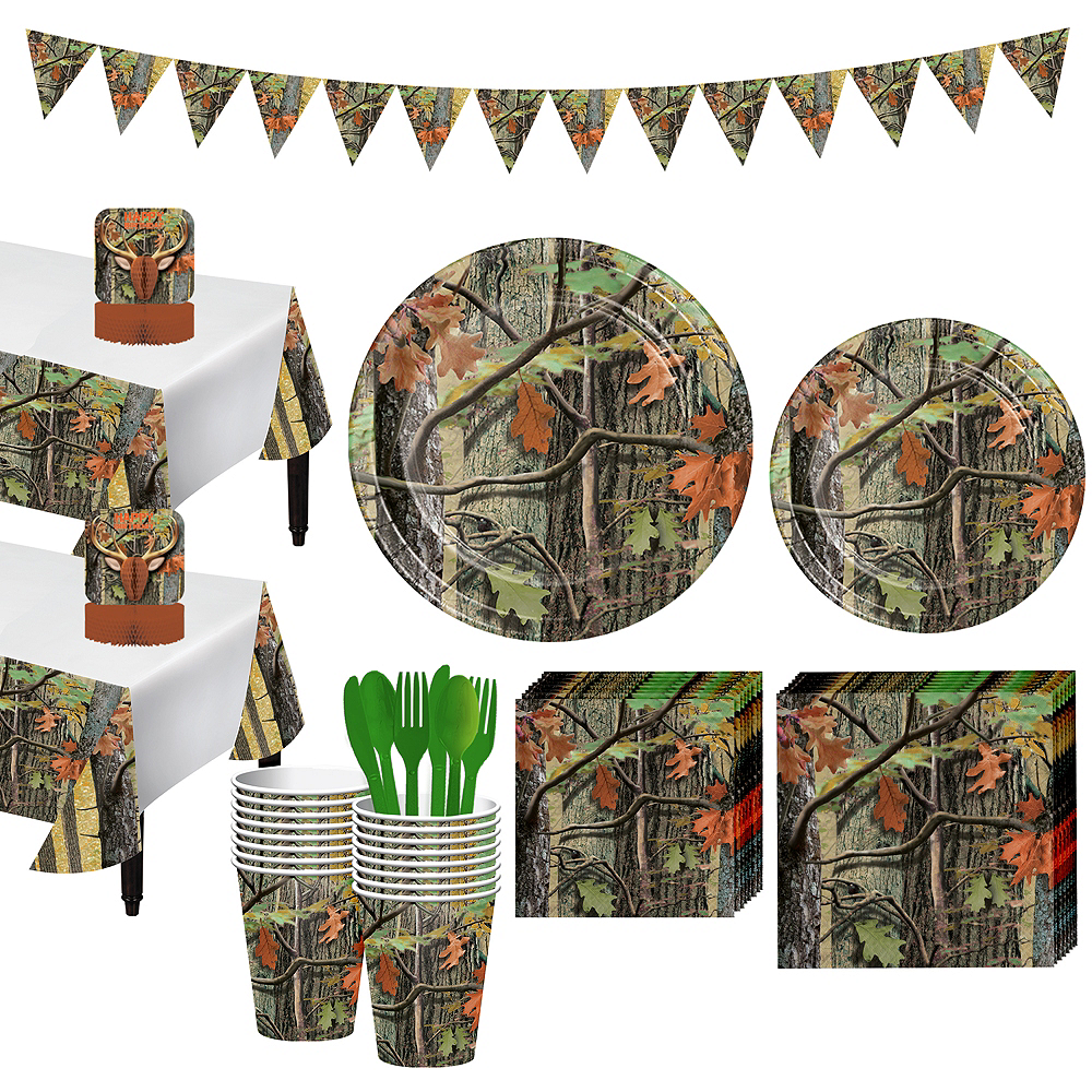 Hunting Camo Tableware Party Kit for 16 Guests Image #1