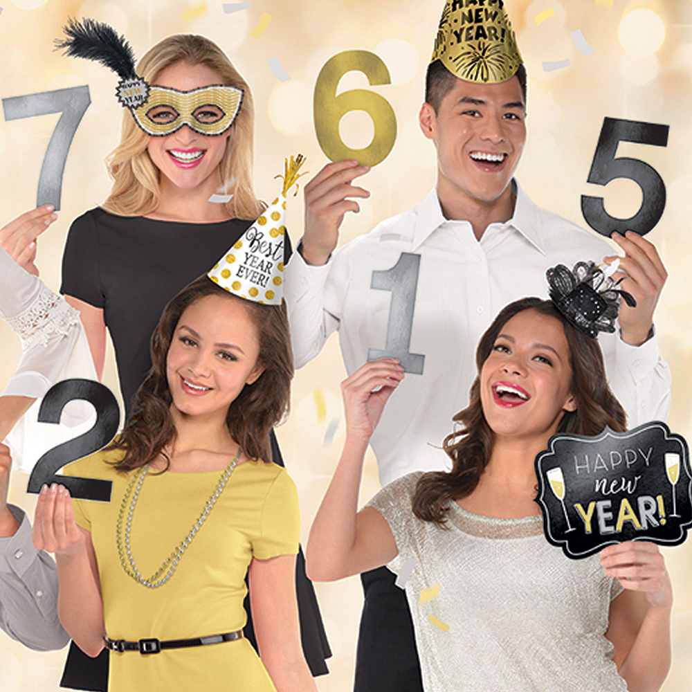 Countdown New Year's Photo Booth Kit Image #7