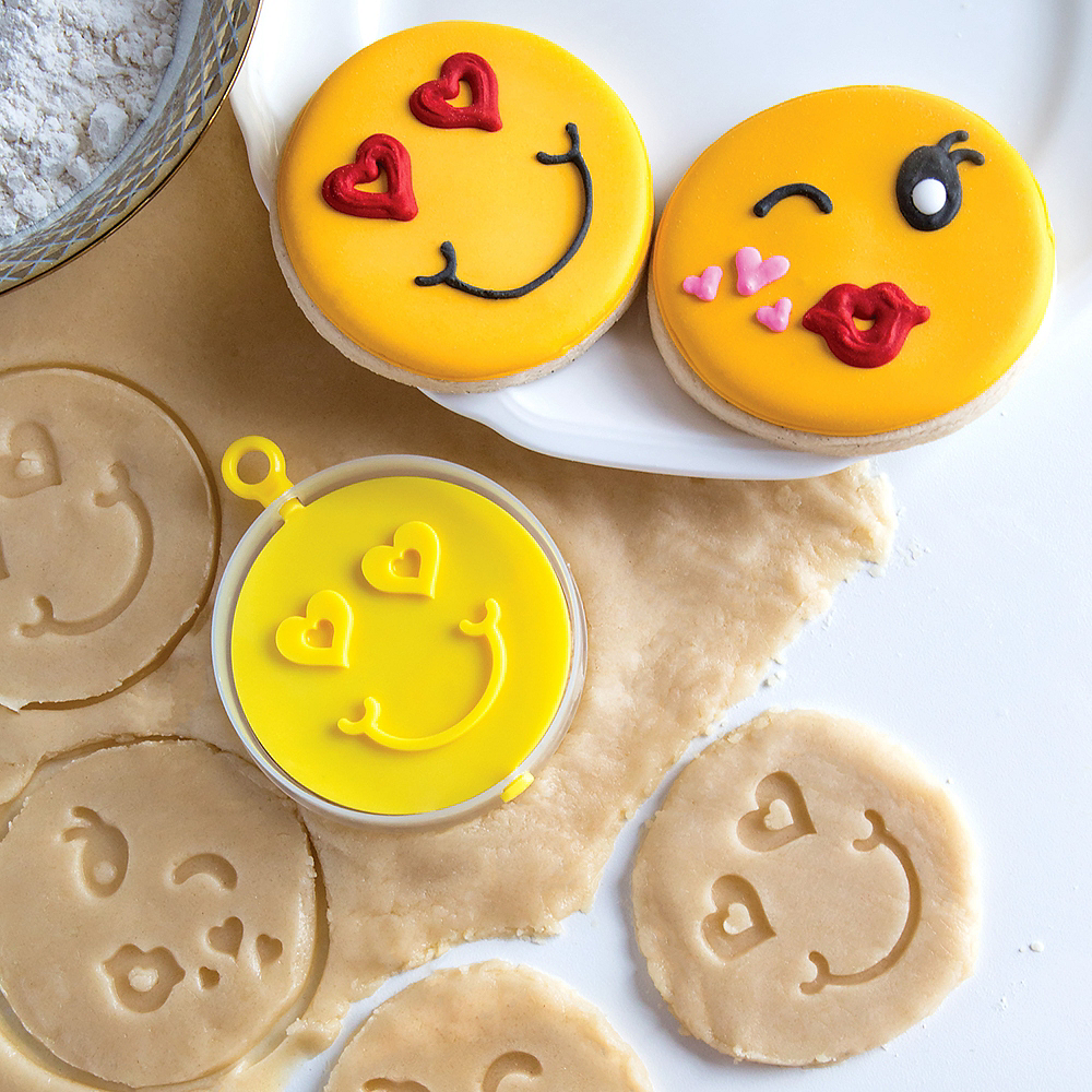 Bakelicious Smiley Flip Cookie Cutter Image #3