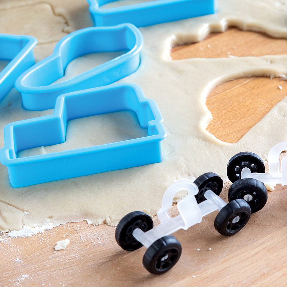 Bakelicious Car Cookie Cutters with Wheels 17pc Image #3