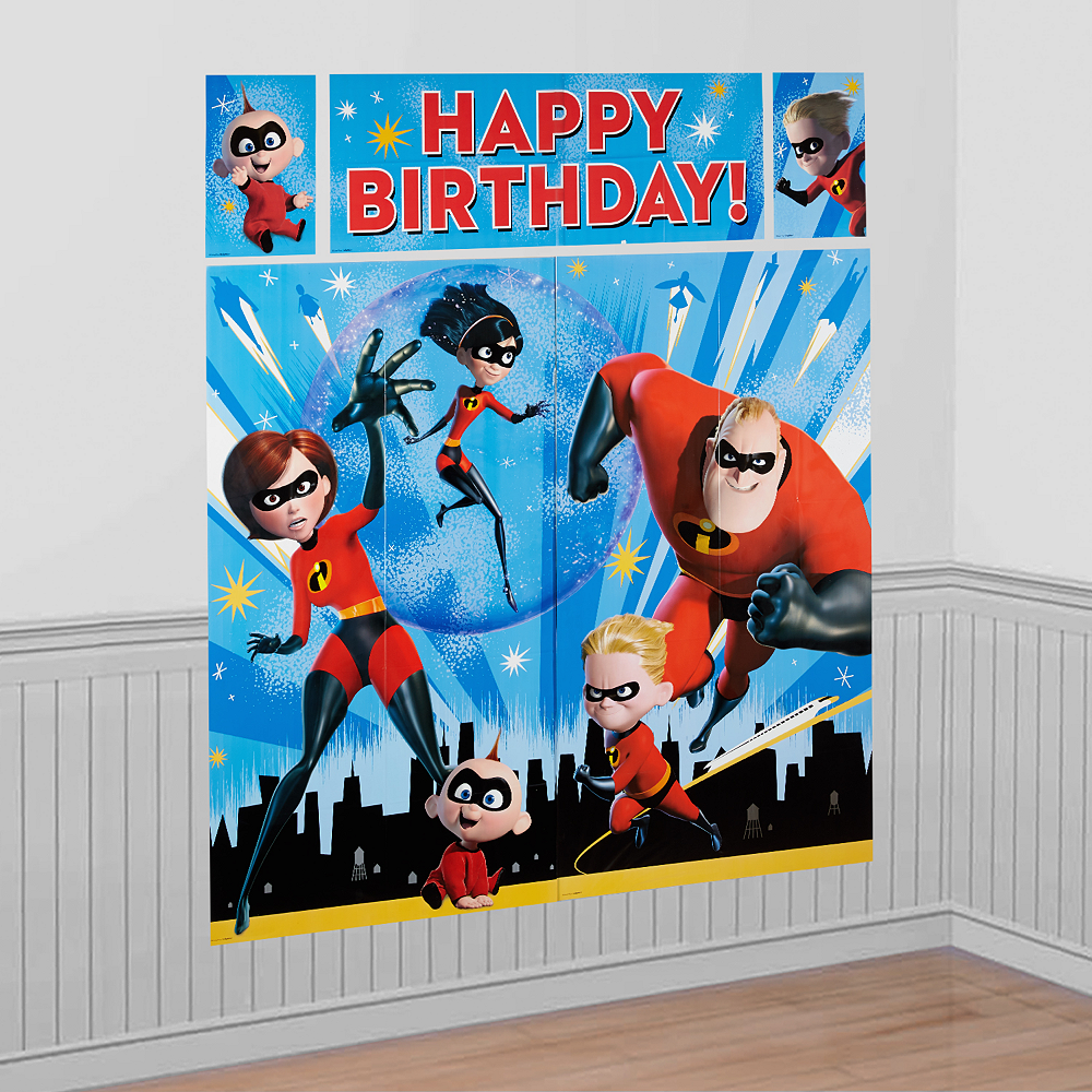Incredibles 2 Scene Setter with Photo Booth Props | Party City