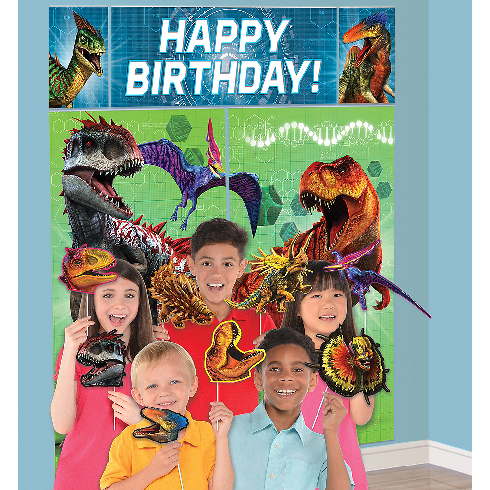 Jurassic World Scene Setter With Photo Booth Props Party City