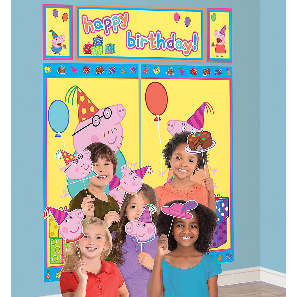 Peppa Pig Scene Setter with Photo Booth Props Image #1