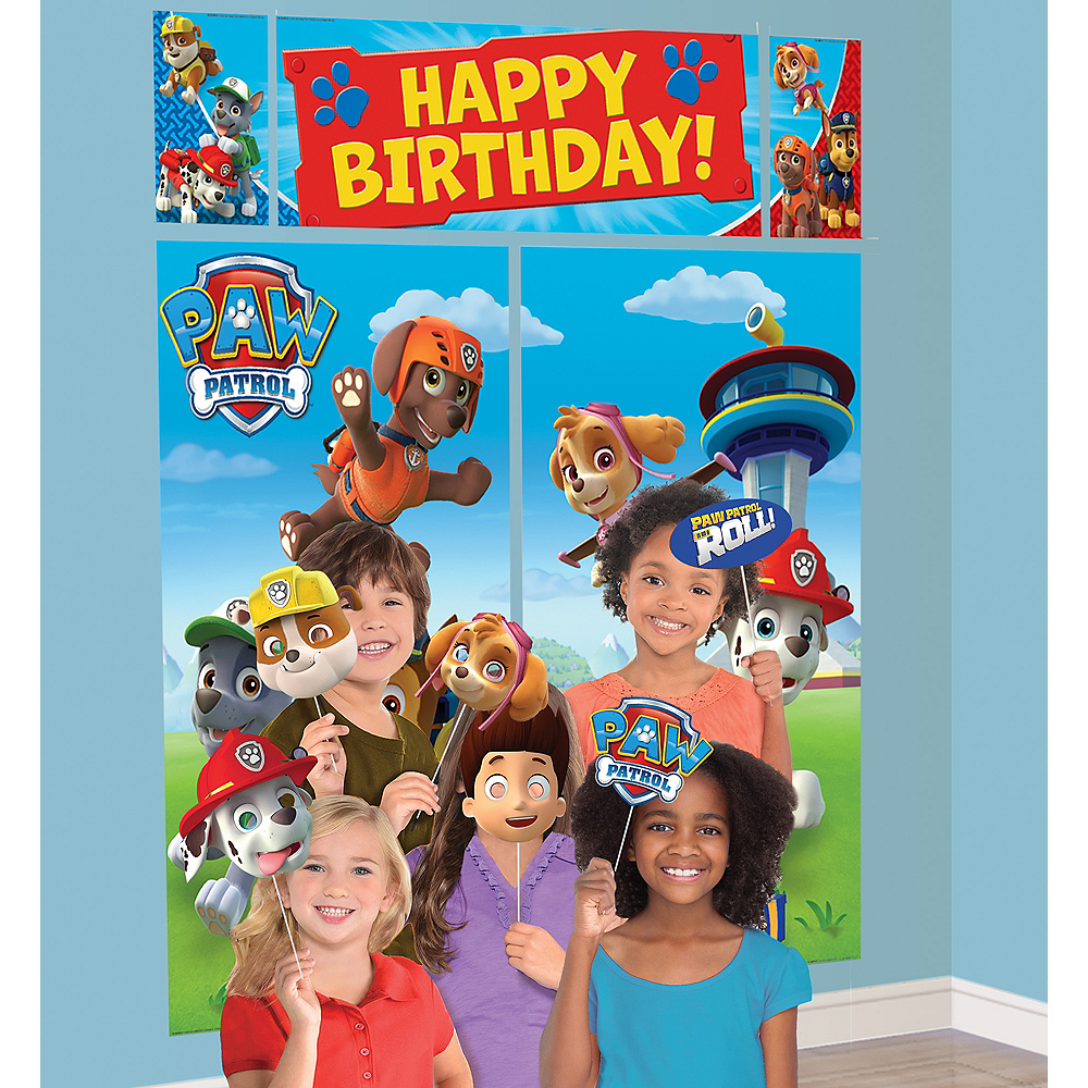 PAW Patrol Scene Setter with Photo Booth Props Image #1