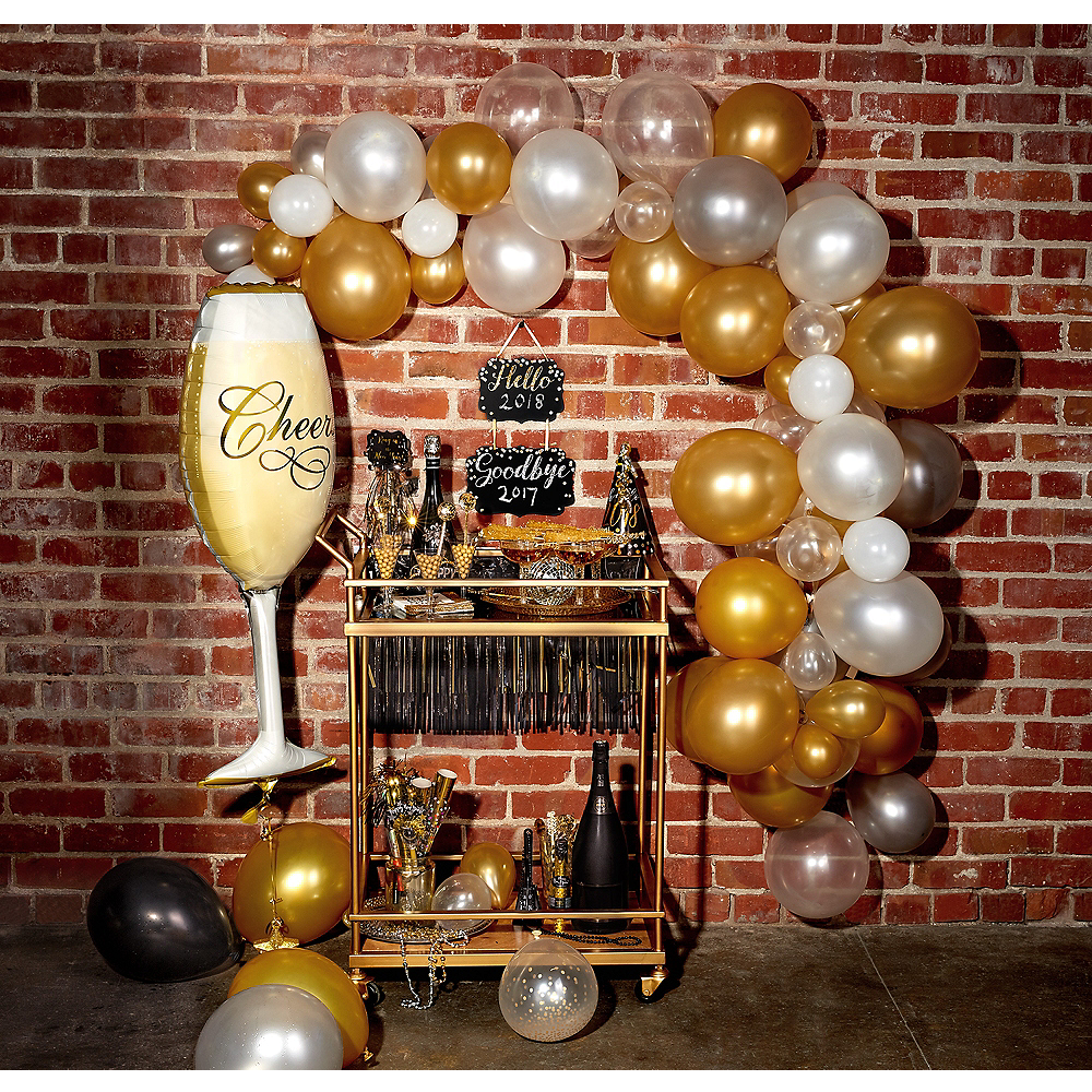Air-Filled Bubbly Balloon Garland Kit Image #1