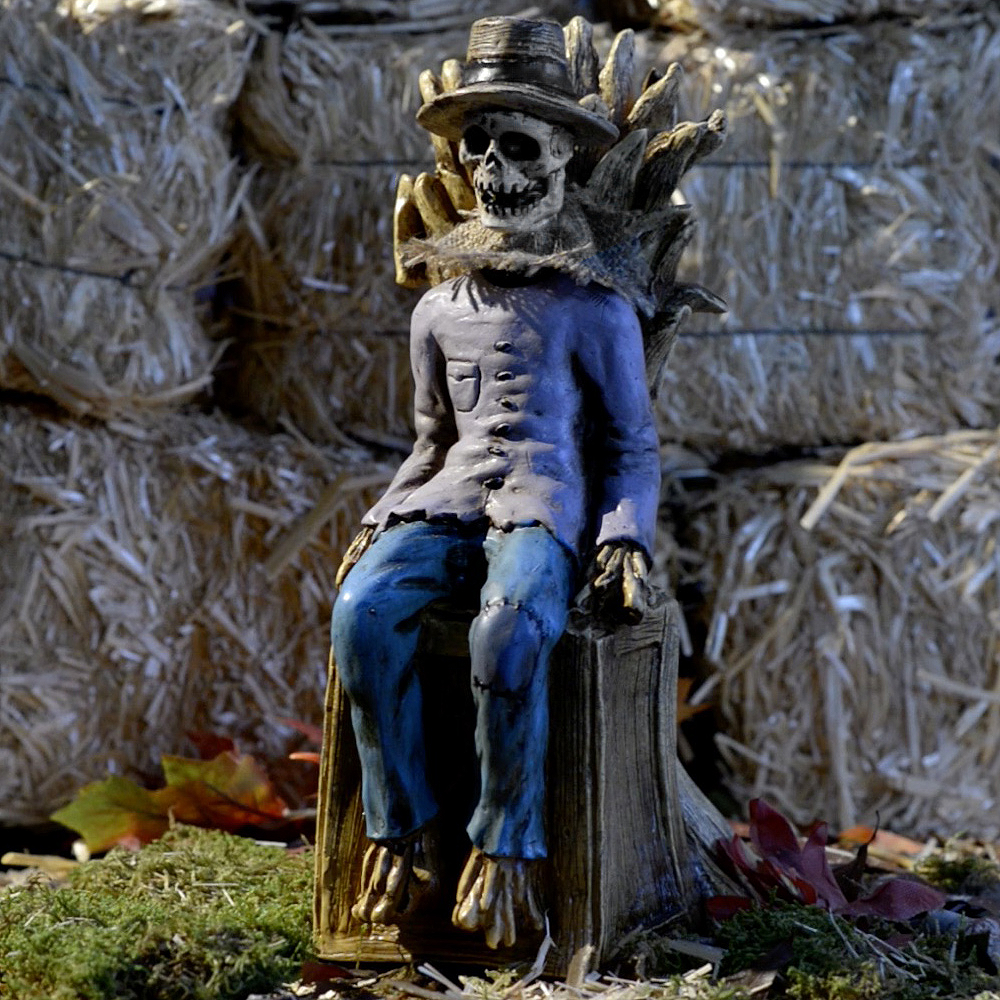 Nav Item for Animated Sitting Scarecrow Image #1