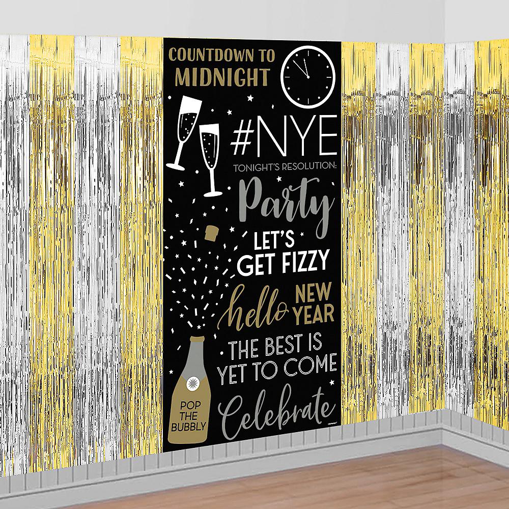 New Year's Eve Scene Setter Image #1