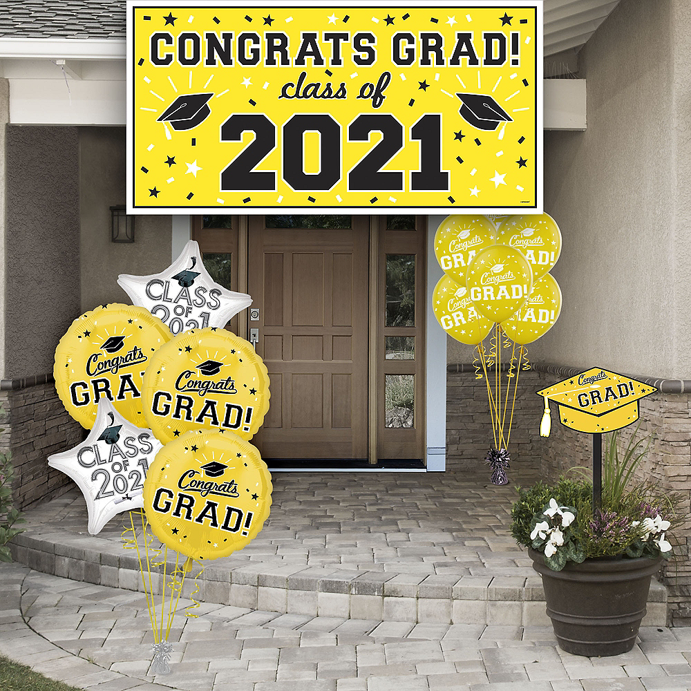 Congrats Grad Yellow Graduation Outdoor Decorations Kit Image #1