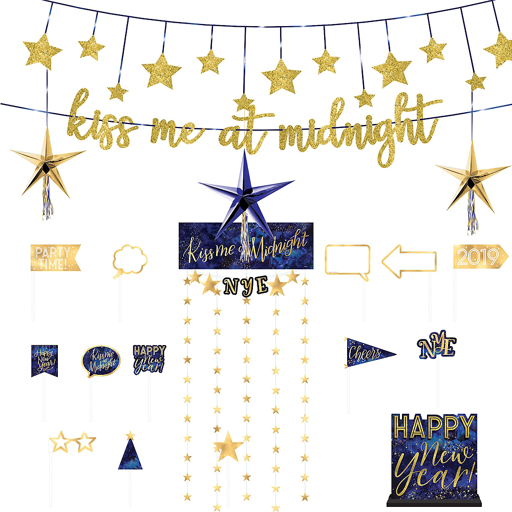 Midnight S Kiss New Year S Eve Decorating Kit Party City