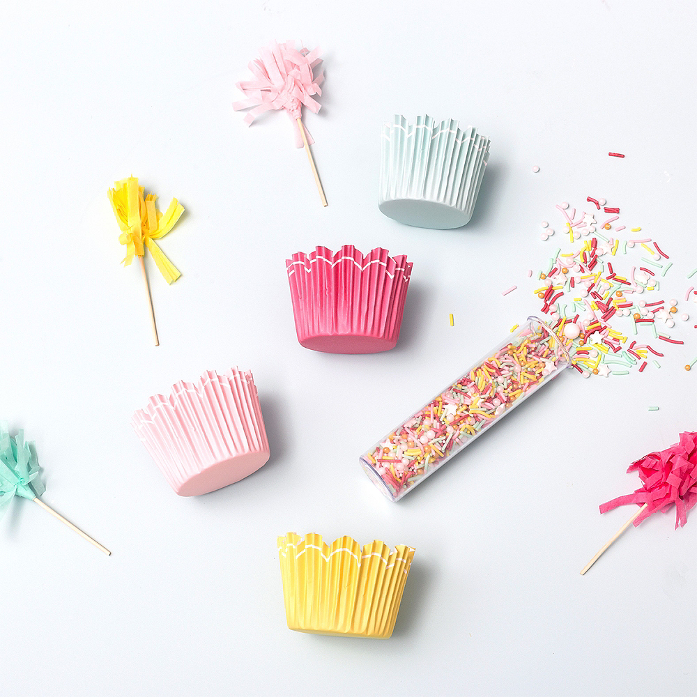 Sweet Tooth Fairy Pom-Pom Cupcake Decorating Kit for 12 Image #2