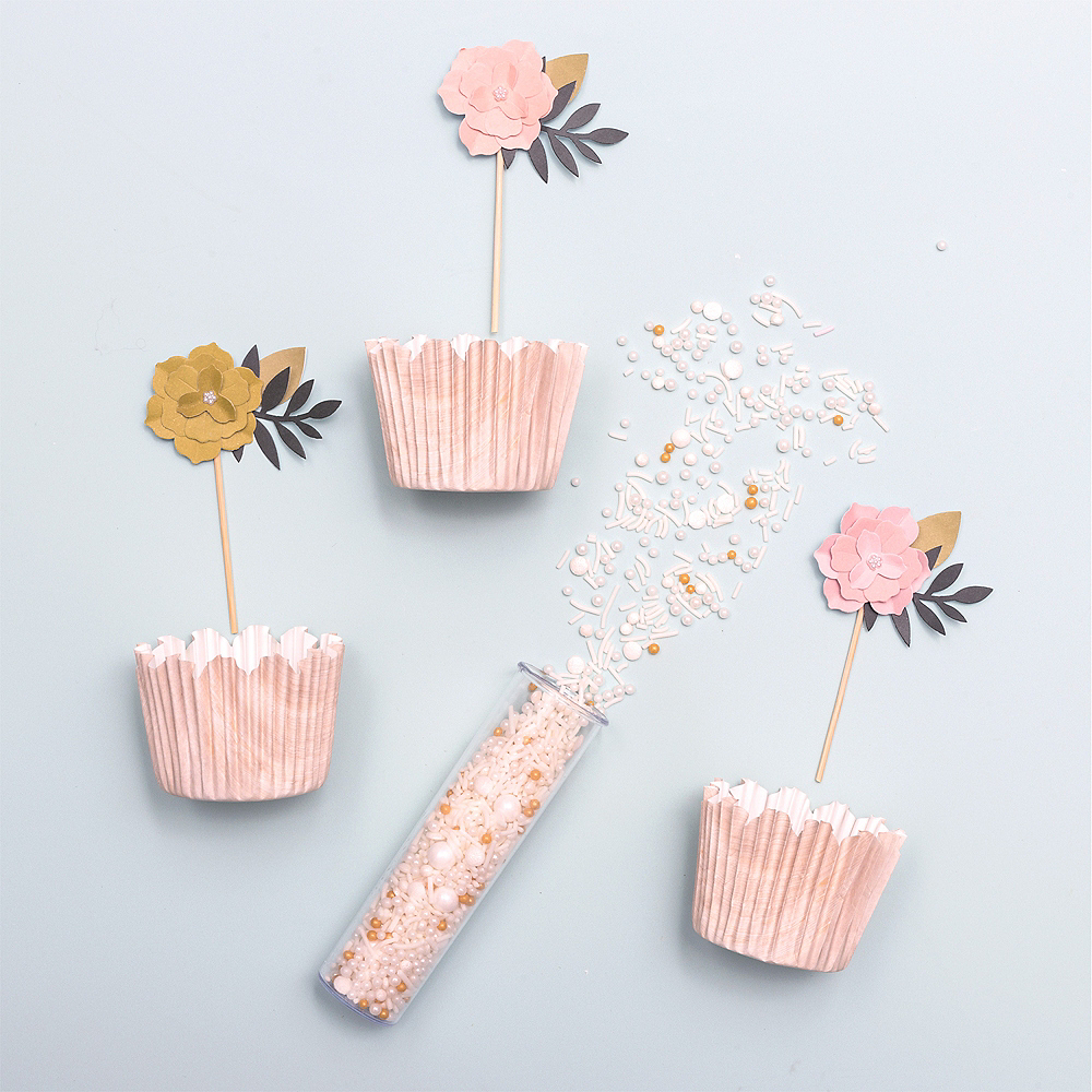 Sweet Tooth Fairy Flower Cupcake Decorating Kit for 12 Image #2