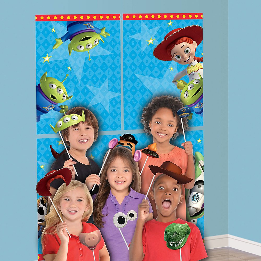 Toy Story 4 Scene Setter with Photo Booth Props Image #1