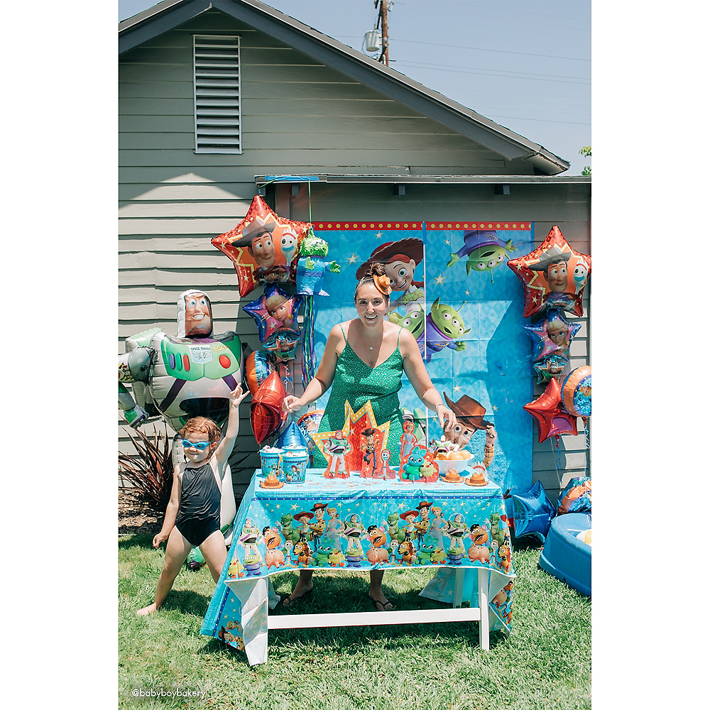 Toy Story 4 Scene Setter with Photo Booth Props Image #3