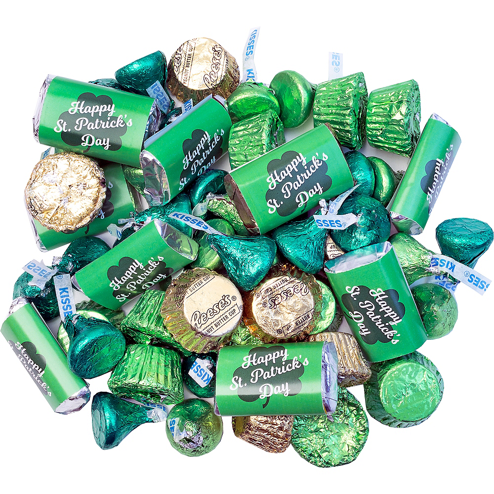 Nav Item for St. Patrick's Day Hershey's Chocolate Mix 180pc Image #1