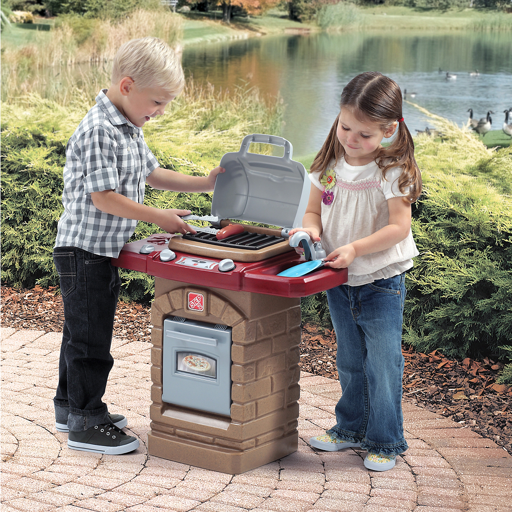 Fixin' Fun Outdoor Grill Image #4