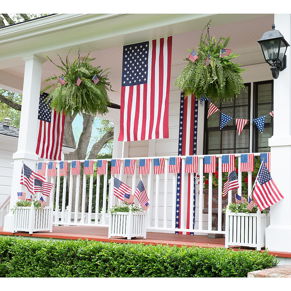 Patriotic American Flag Front Porch Decorating Kit 22pc