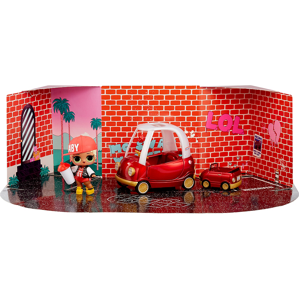 L.O.L. Surprise Furniture Packs Cozy Coupe with MC Swag Image #2