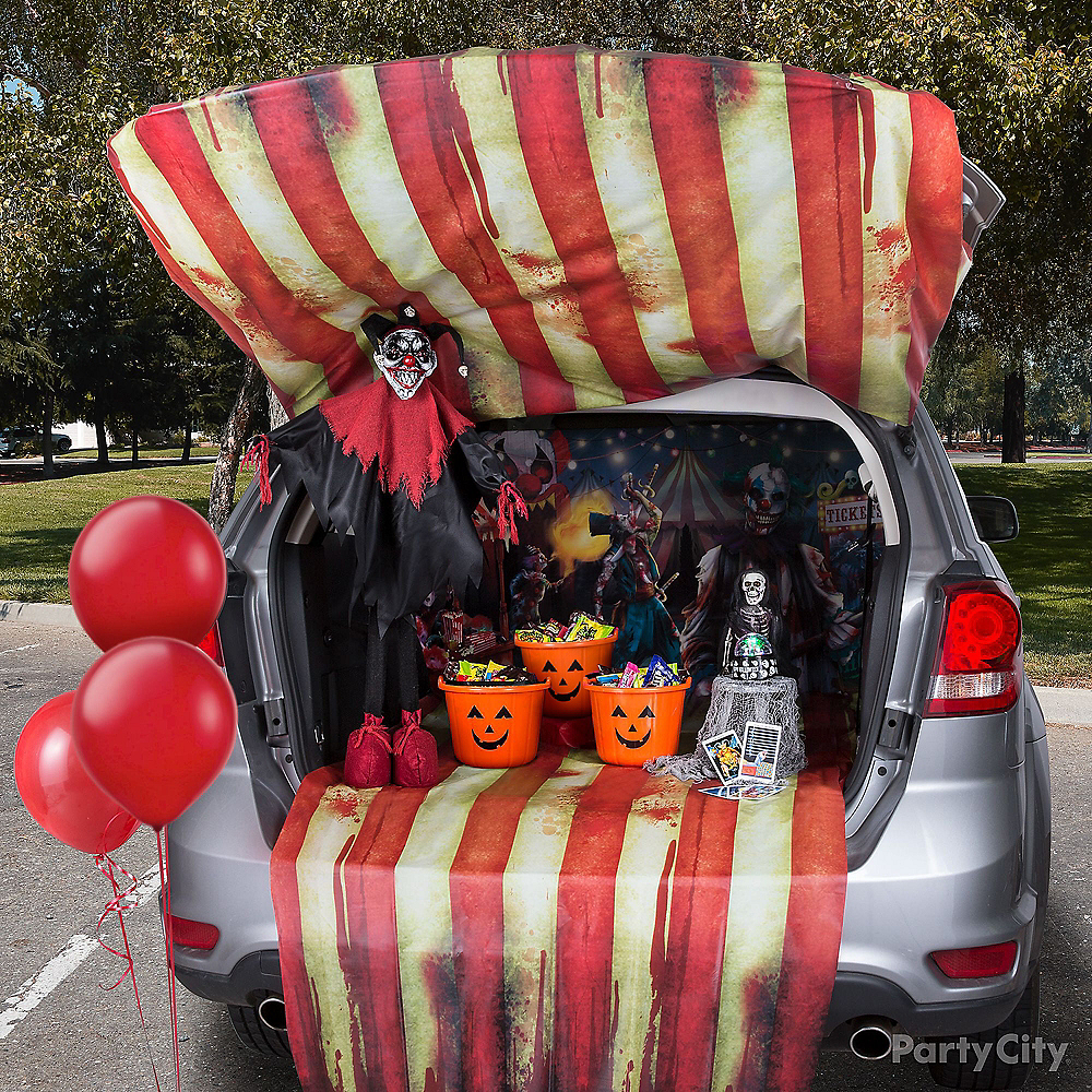 Creepy Carnival Trunk-or-Treat Car Decorating Kit Image #1