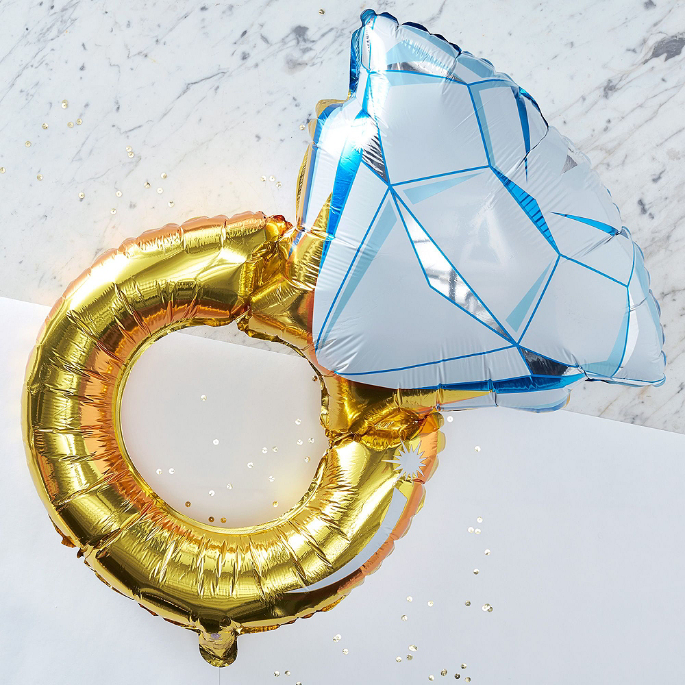 Metallic Gold Bridal Shower Tableware Kit for 50 guests Image #7