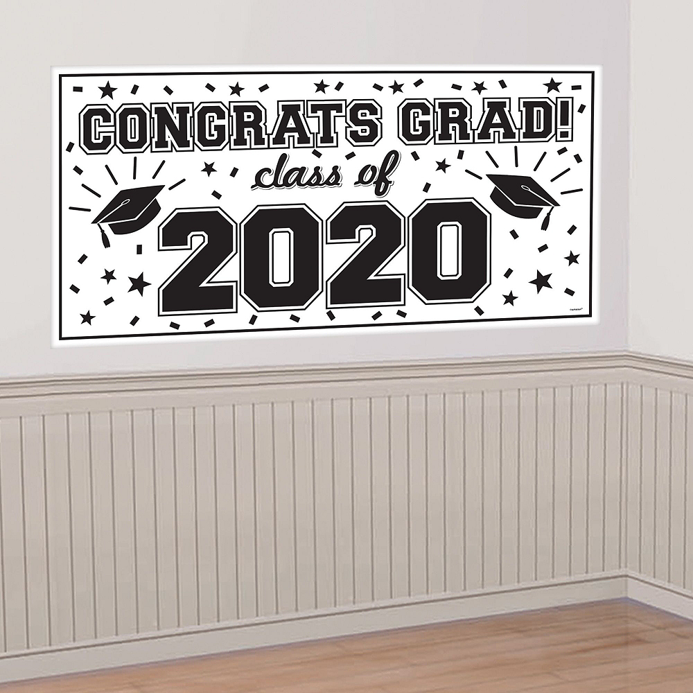 The World Awaits Graduation Party Super Decorating Kit Image #2