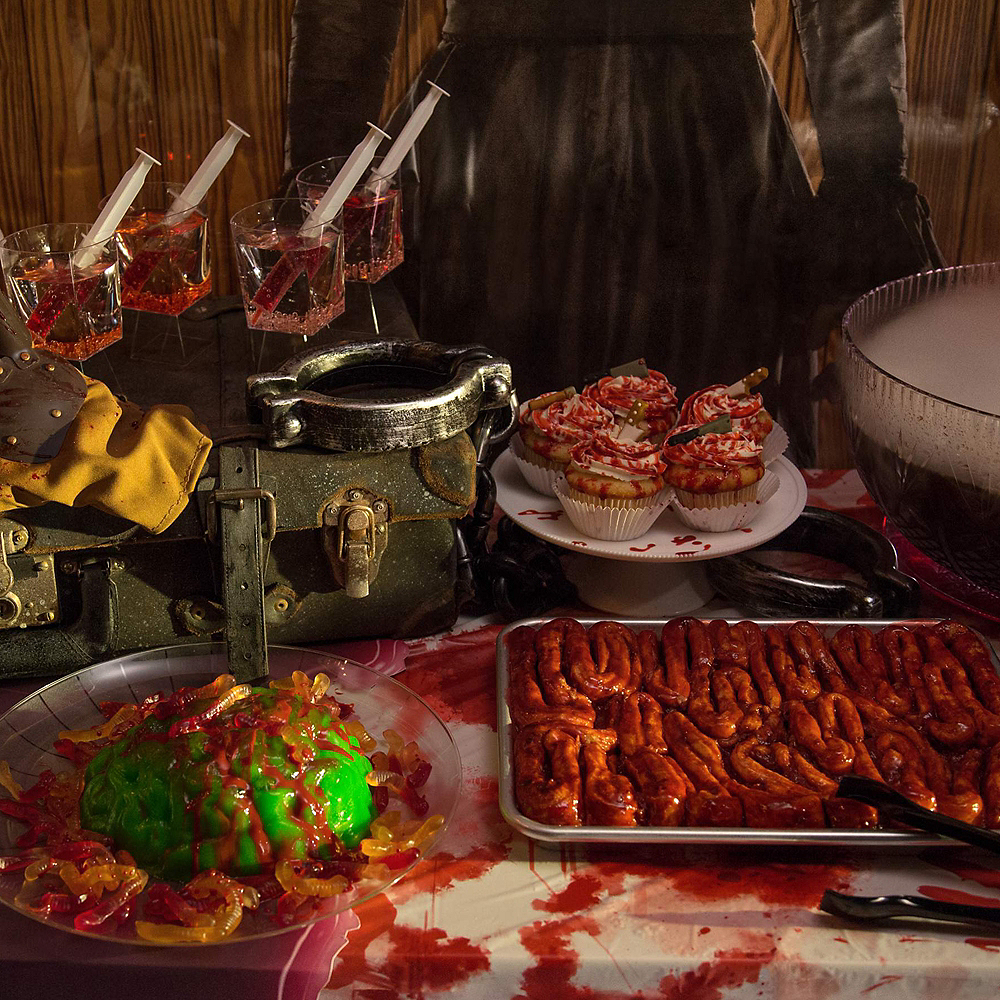 Pennywise' Fun Zone Customizable Party Kit Image #3