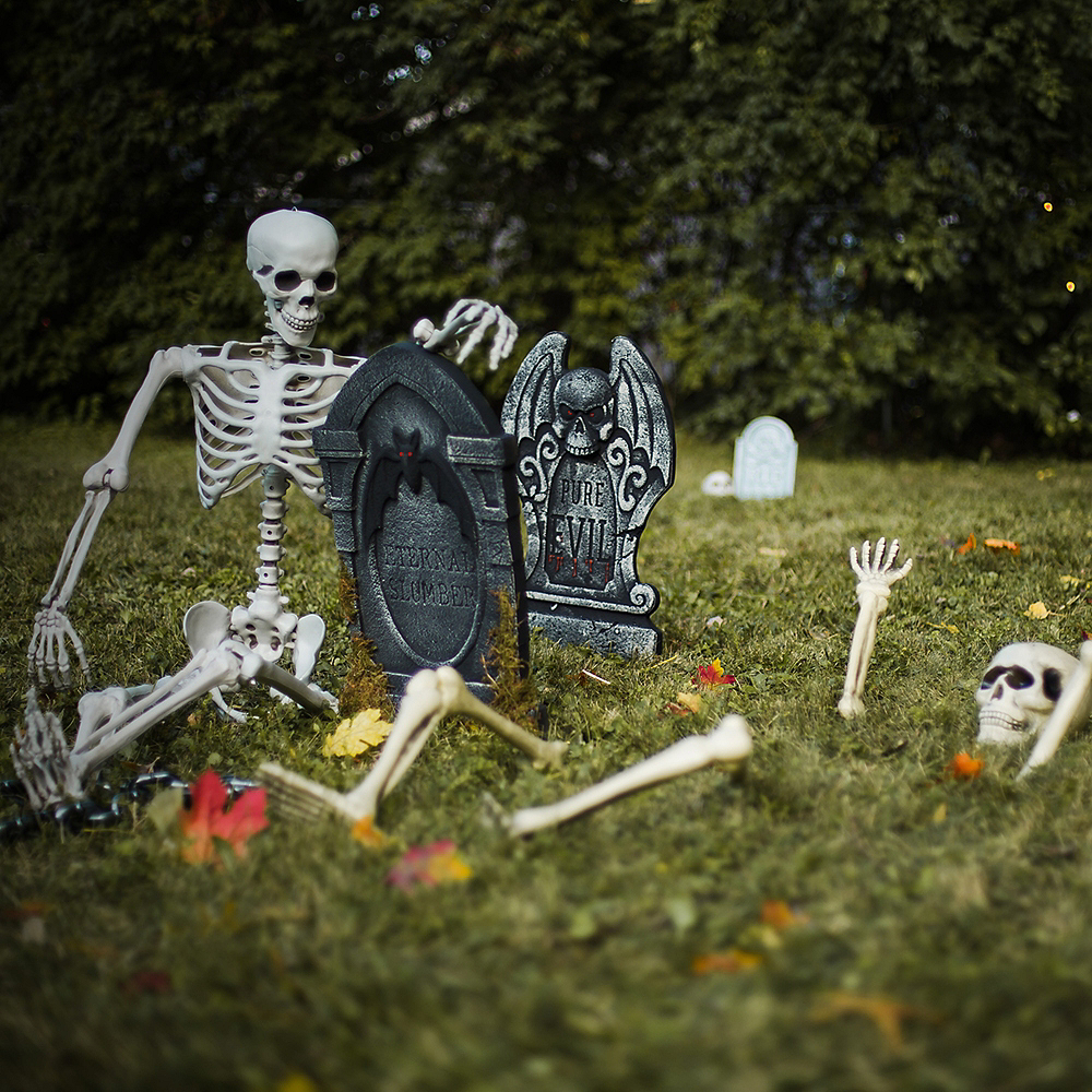 Restless Dead Graveyard Customizable Outdoor Decorating Kit Image #4