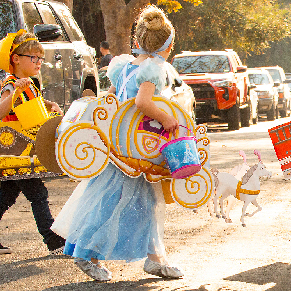 Child Pumpkin Carriage Ride-On Costume Image #4