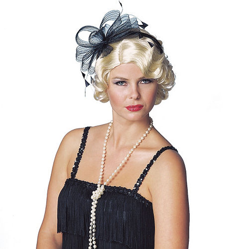 Faux Pearl Necklace Image #2