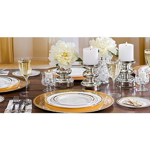 White Gold-Trimmed Premium Plastic Lunch Plates 20ct Image #2