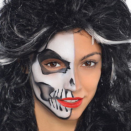 Black & White Makeup Kit Image #2