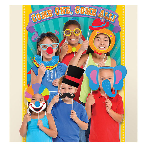 Carnival Photo Booth Kit Image #1