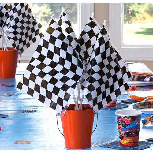 Hot Wheels Flag & Pail Centerpiece Kit Image #1