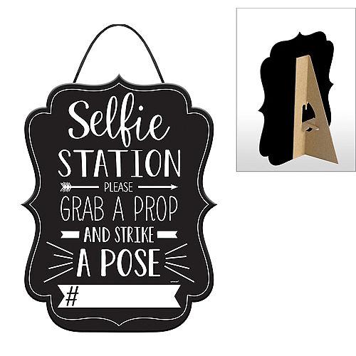Selfie Station Sign Image #1