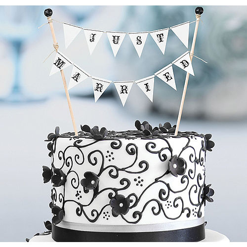 Just Married Cake Bunting Image #1