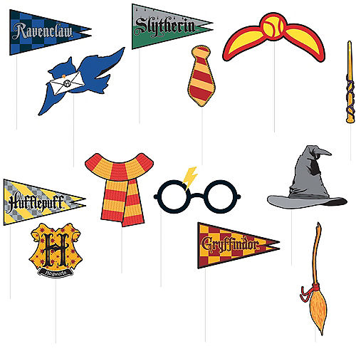Harry Potter Scene Setter with Photo Booth Props Image #2
