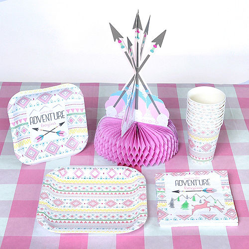 Pink & White Plaid Table Cover Image #2