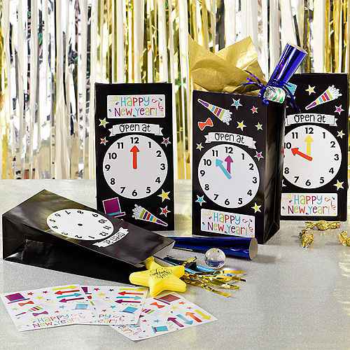 Countdown to Midnight Favor Bag Decorating Kit 12ct Image #1