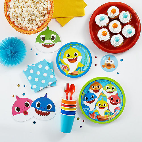 Baby Shark Lunch Plates 8ct Image #2