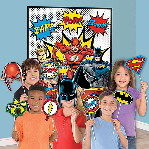 Justice League Heroes Unite Photo Booth Kit 16pc Image #1