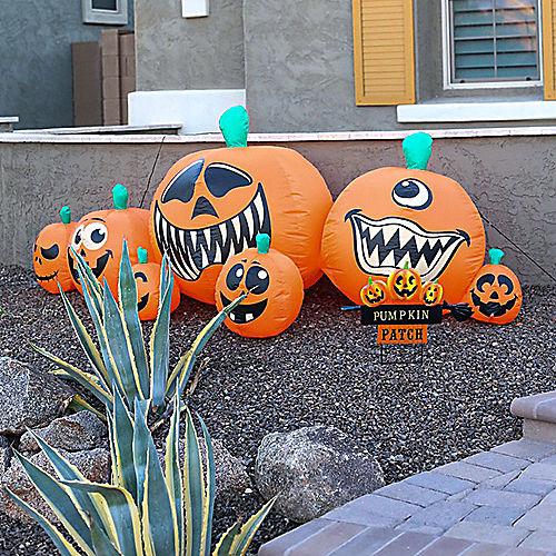 Halloween Pumpkin Patch Yard Decorating Kit Image #1