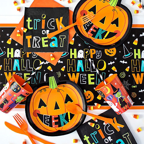 Happy Halloween Friends Tableware Kit for 8 Guests Image #1