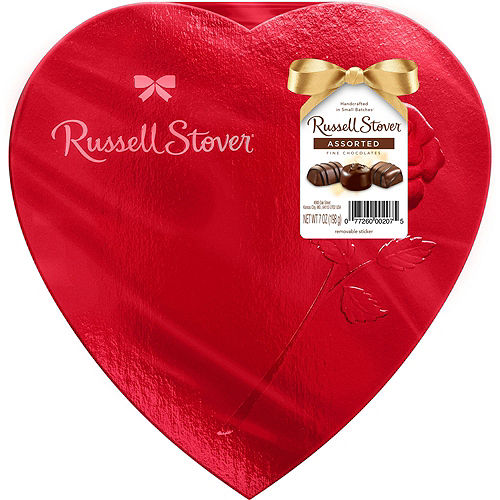 Love You Heart Balloon Bouquet & Russel Stover Chocolates Valentine's Day Gift Kit Image #3