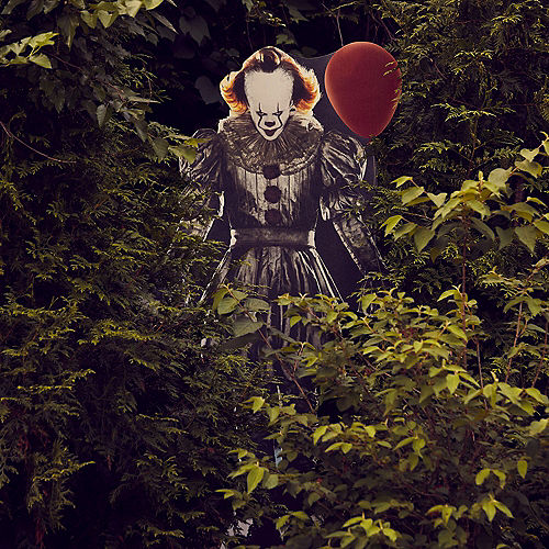 Pennywise Cardboard Cutout, 6.3ft - IT Chapter 2 Image #2
