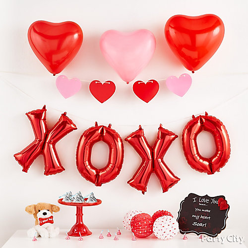Valentines Day Heart Garland Idea